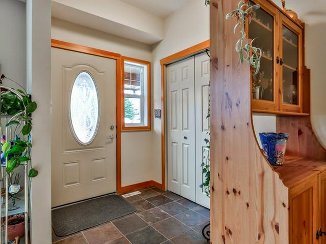 For_sale_Canmore_10_36_Windridge_Road_Exshaw_03