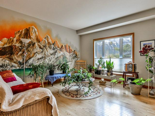 For_sale_Canmore_10_36_Windridge_Road_Exshaw_09