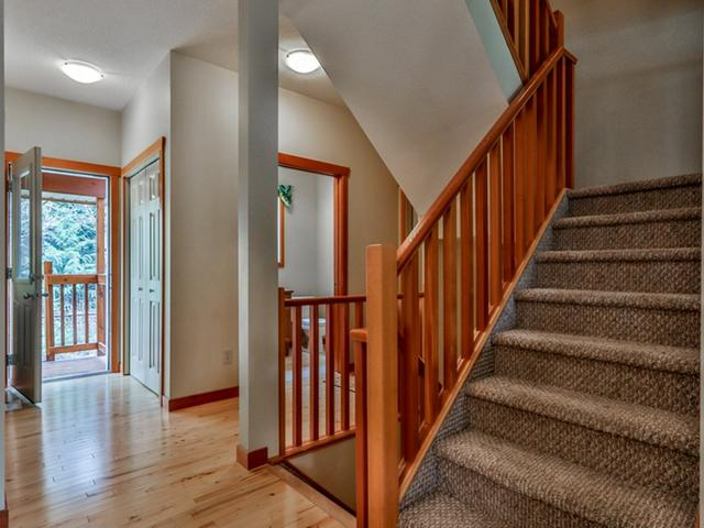 For_sale_Canmore_10_36_Windridge_Road_Exshaw_11