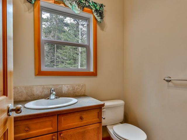 For_sale_Canmore_10_36_Windridge_Road_Exshaw_19