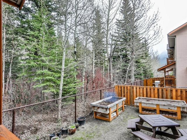 For_sale_Canmore_10_36_Windridge_Road_Exshaw_25