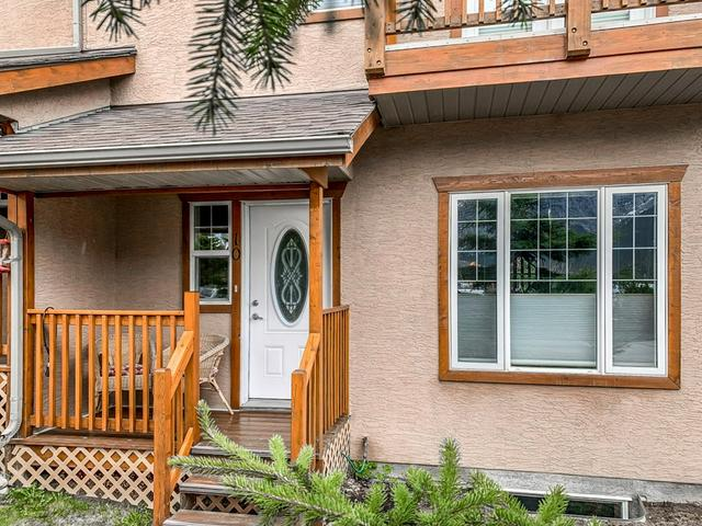 For_sale_Canmore_10_36_Windridge_Road_Exshaw_26